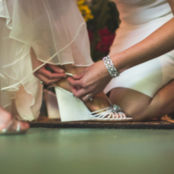 11c54a788a5 NWOT BHLDN Badgley Mischka Gigi wedding wedges
